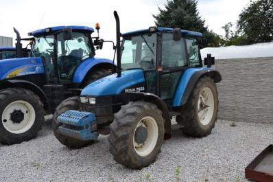 Tractor New Holland 7635 - BISO Schrattenecker - Foto 1