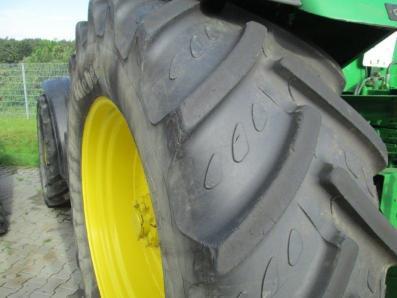 Tractor John Deere 8310 - acrar 17