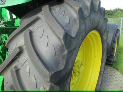 Tractor John Deere 8310 - acrar 18