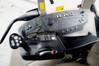 Tractor Case IH CVX1135 - BISO Schrattenecker - Foto 4