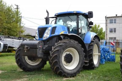 Tractor New Holland T7050 - BISO Schrattenecker - Foto 1