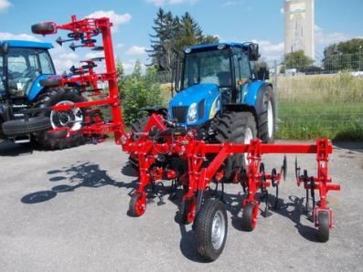 Cultivator Frontaufbau hydraulisch. 6 reihiges - BISO Schrattenecker - Foto 7