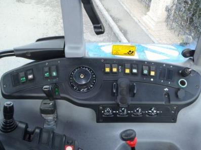 Tractor New Holland TV-T 155 Auto Command - BISO Schrattenecker - Foto 4