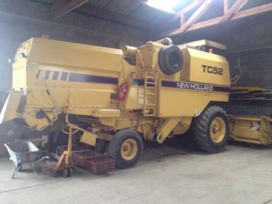 Harvester New Holland TC 52 - BISO Schrattenecker - Foto 1